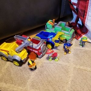 Paw Patrol Set of 4 vehicles and dogs